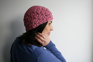 Pink_lace_hat_2_small2
