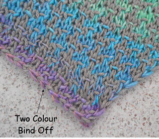 Two_colour_bind_off_small2