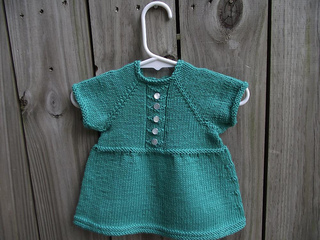Baby_dress_1_resized_small2