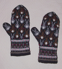 Bunny_20mittens_2024_small