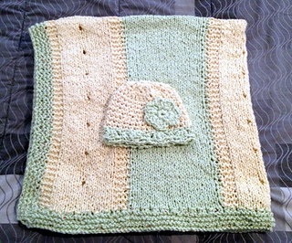 Blanket_and_hat_small2