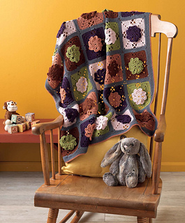 Crochet_at_home_-_pinwheel_baby_blanket_beauty_shot_small2