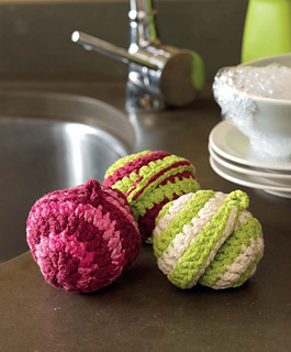 Crochet_at_home_-_pinwheel_pot_scrubbies_beauty_shot_small2