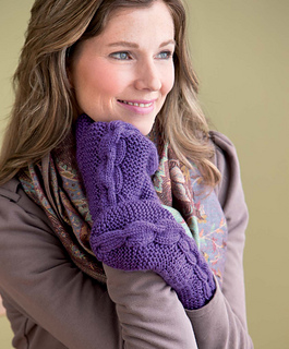 Cozy_knits_-_chain_gang_cabled_mittens_beauty_shot_small2