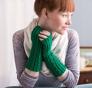 Cozy_knits_-_green_gables_cabled_gauntlets_beauty_shot_small2