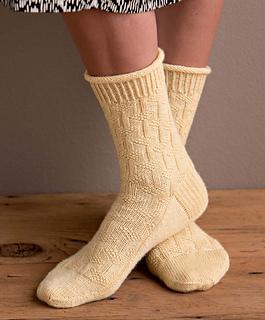 Op-art_socks_-_necker_beauty_shot_small2