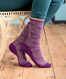 Op-art_socks_-_albers_beauty_sho_small2