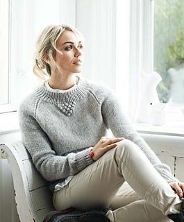 Perfectly_feminine_knits_-_betsy_beauty_image_small2