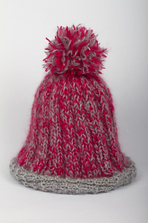 Givin__me_fever_pom_pom_hat3_small2