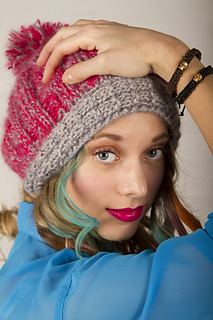 Givin__me_fever_pom_pom_hat_small2