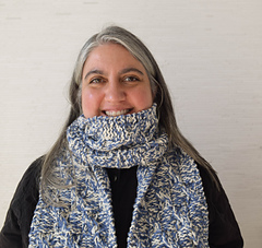 Checkerboard_cable_scarf_free_knitting_pattern_by_underground_crafter__1_of_5__small