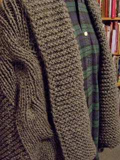 Shawl_on_duffy_front_small2