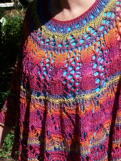 Sorcha_s_shawl_2_small2
