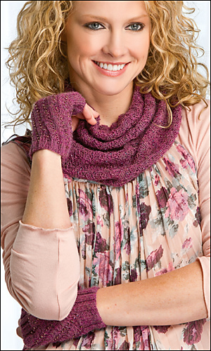 Scarlet_cowl_300_medium