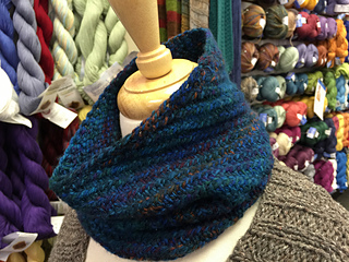 Teri_s_cowl4_small2