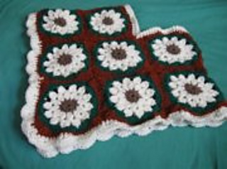 Lilly_s_granny_shawl_email_pic_small2