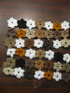 Brown_puff_flower_scarf_3_small2