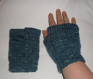 Gloves_1_small2