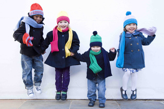Womens_weekly_clementine_hat_and_scarf_group_shot_jumping_low_res_small2