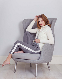 Vanessa_cable_cardigan_snow_2_small2