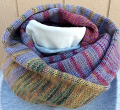 Lazy_sunday_cowl_1_small