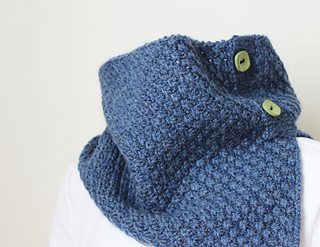 Little-daisies-cowl-1_small2