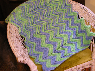 Ripple_baby_afghan_small2