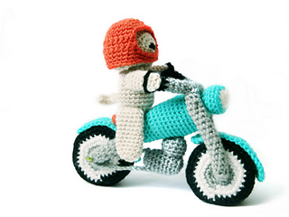 Dog_and_motorbike_amigurumi_pattern_2_small2