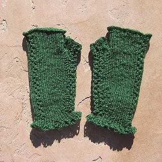 Emeraldlacehandwarmers_small2