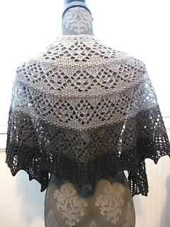 Cascade_and_palette_shawls_2015_044_small2