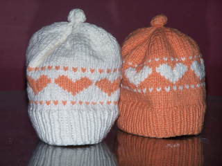 Baby_heart_hat_001_small2