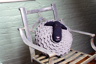 Baa_baa_pillow_small2
