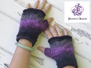 Rocking_cable_mitts_copy_small2
