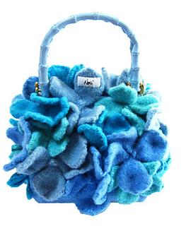 Hydrangea_blue_sized_small2