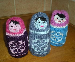 A_trio_of_russian_dolls_small2