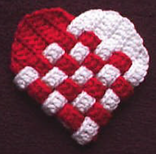 Woven_heart_pouch_small2