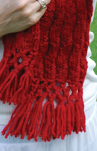 Captainaustensscarf_patternfringe_medium