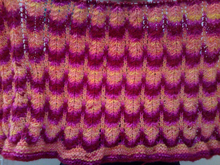 Stacey_s_stripey_blanket--momogus_es10_small2