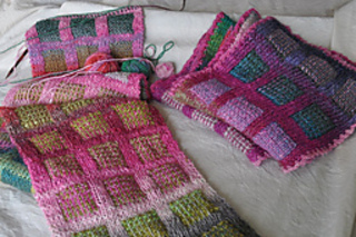 Noro_dknit_two_1_small2