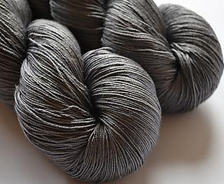 Black_briar_spyder_silk_lace_small2