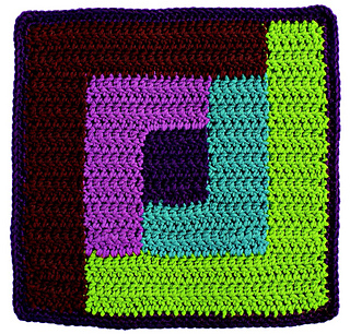 Reversible_color_crochet_-_log_cabin_block_beauty_shot_small2