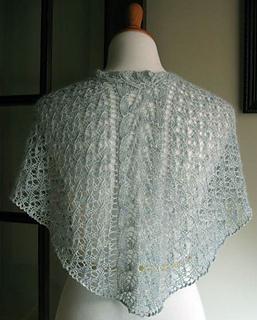 Fairy-garden-shawl-back_small2