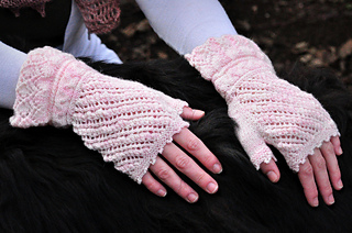 Sm_wynonastudios_bridalmitts-4_small2