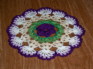 Jewell_doily_a_bellacrochet_design3_small2