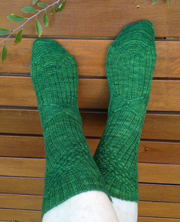 Gale_s_snare_socks_front_small2