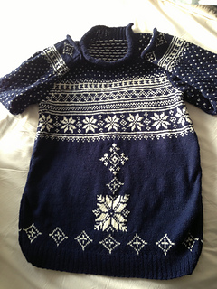 Snowflake_jumper_small2