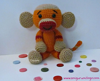 Crochet-sock-monkey_small2