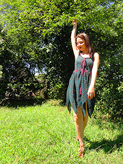 Faerie_dress_yarn_company_09_12_treedance_small2