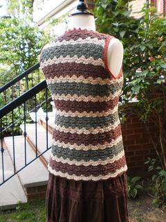 Charlene_back_small__shiri_designs_crochet_summer_2010_small2