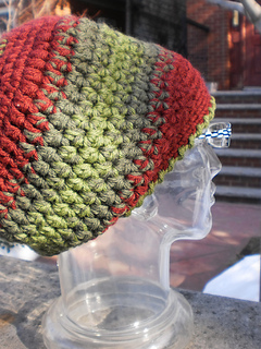 Puff_puff_hat_c_shiri_designs_01_11_small2